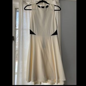 Alice + Olivia Cream Mini Dress size 6